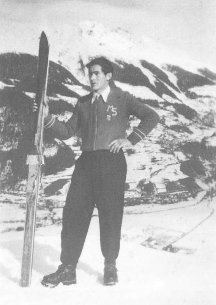 Meinrad Senn in bester Skiausrüstung um 1950