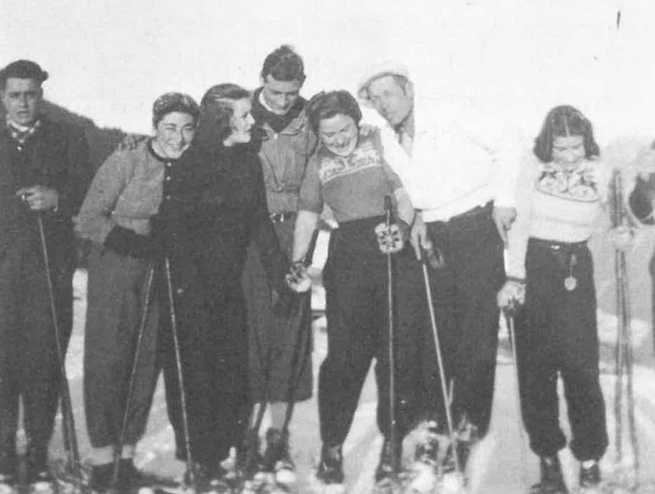 Skigruppe um 1940 in Ladis